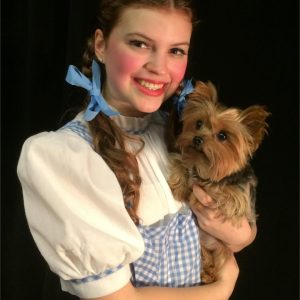 Grace Atherholt as DOROTHY GALE and Summer as TOTO