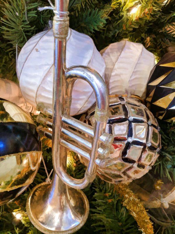trumpet-christmas-ornament